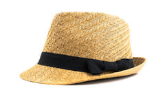 Sombrero de paja bonito con el fondo del blanco de la cinta Imágenes de archivo libres de regalías