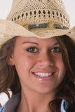 Sombrero de vaquero de la muchacha del primer Imagen de archivo libre de regalías