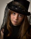 Sombrero del montar a caballo de Ginger Teenage Girl In Victorian Fotos de archivo libres de regalías