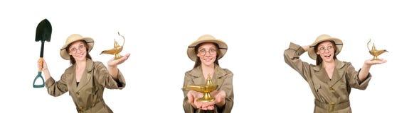 Sombrero del safari de la mujer que lleva en blanco imagenes de archivo