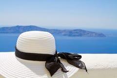 Sombrero del verano en el Sun Foto de archivo