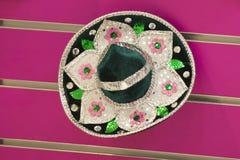Sombrero dla sprzedaży w meksykańskim sklepie Fotografia Stock