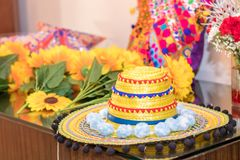 Sombrero mexicano amarillo foto de archivo libre de regalías