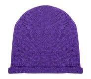 Sombrero púrpura en un blanco foto de archivo