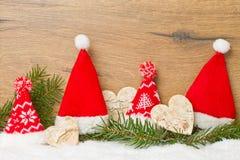 Sombreros de la Navidad en fila Imagen de archivo