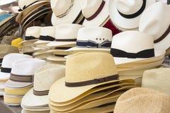Sombreros de los hombres de paja Fotografía de archivo