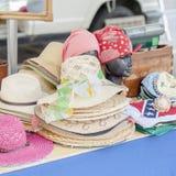 Sombreros de paja para la mujer Fotografía de archivo libre de regalías