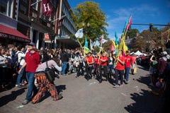 Somerville, le Massachusetts, Etats-Unis - 11 octobre 2015 - CORNEZ le festival des bandes de rue d'activiste image libre de droits