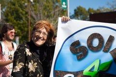 Somerville, Massachusetts, U.S.A. - 11 ottobre 2015 - SUONI IL CLACSON il festival delle bande della via dell'attivista Fotografie Stock