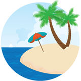 sommarö Slags solskydd, hav och palmträd på stranden Fotografering för Bildbyråer