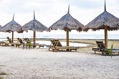 sommar för berg för strandkustlinjehorisont Royaltyfria Bilder