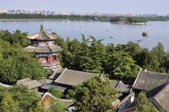 sommar för slott för beijing cityscapelake Arkivbilder