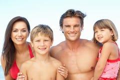 sommar för stående för strandfamiljferie Arkivbilder