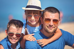 Sommar familj, semesterbegrepp arkivbild