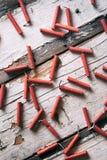 Sommar: Fjärdedel av Juli Firecrackerbakgrund Royaltyfri Fotografi