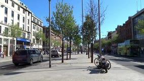 Sommar på den nolla-`-Connell gatan Dublin, Irland arkivfilmer