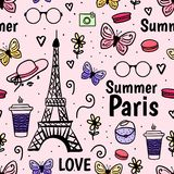 Sommar Paris med Eiffeltorn, fjäril seamless vektor f?r modell Gullig kvinnlig rosa bakgrund royaltyfri illustrationer