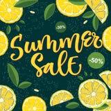 Sommar Sale - ljus färgrik design för kalligrafi med blom- beståndsdelar royaltyfri illustrationer