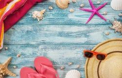 Sommar semester, strandtillbehör royaltyfria foton