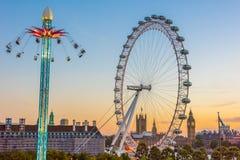 Sommaraftonsikter av London Arkivbilder