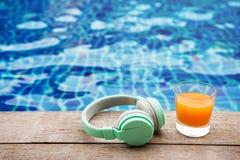 Sommaravkoppling på semester eller feriebegrepp Exponeringsglas av Oran Royaltyfria Foton