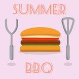 SommarBBQ-hamburgare med bestick Arkivfoto