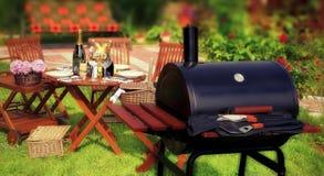 SommarBBQ-parti eller picknick Arkivfoton