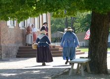 Sommardag i historiska Williamsburg royaltyfria bilder