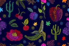 Sommaren färgar Blom- sömlös vektormodell med broderade frukter, wildflowe Arkivfoto