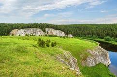SOMMAREN landskap Ryssland ural Royaltyfri Foto