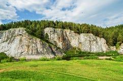 SOMMAREN landskap Ryssland ural Arkivbilder