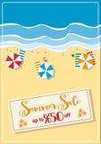 Sommarförsäljning med paraplyer och sjöstjärnaaffischen Arkivbilder