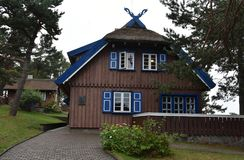 Sommarhuset av Thomas Mann i Nida royaltyfria foton