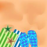 Sommarillustration med en strand, sandaler, handdukar och sjöstjärnan Stock Illustrationer