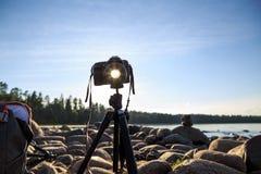 Sommarlandskap av stranden och blå himmel fotografering för bildbyråer