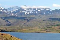 Sommarlandskap i Island. Royaltyfria Foton