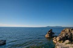 Sommarlandskap, Lake Baikal arkivbilder