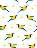 Sommarmodell med den geometriska fågeln och trianglar på vit bakgrund vektor Royaltyfria Bilder