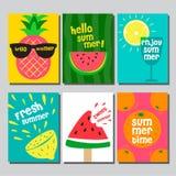 Sommarorienteringsdesign, hälsningkort, räkningsbok, baner, affisch, malldesign, vektorillustration Royaltyfria Foton
