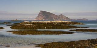 Sommaroy, condado de Tromso, Noruega, paisagem Fotos de Stock Royalty Free