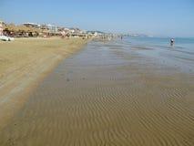 SommarPescara strand Italien Royaltyfri Fotografi