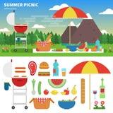 Sommarpicknick i bergen Arkivbild
