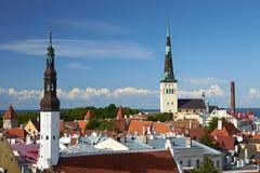 Sommarsikt av Tallinn, Estland Royaltyfria Bilder