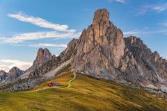 SommarsiktsPasso Giau Dolomites, Italien, Europa royaltyfri bild