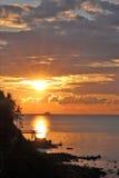 sommarsolnedgång Arkivbild