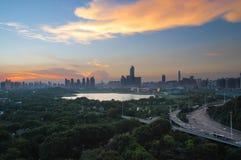 Sommarsolnedgångglöd i Kina Arkivfoton