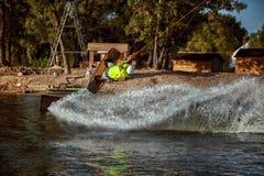 Sommarsport som wakeboarding Royaltyfria Foton
