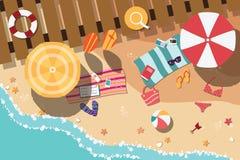 Sommarstrand i plana design, havssida och strandobjekt Royaltyfria Bilder