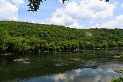 Sommartid på Delawaret River Easton Pa royaltyfri foto