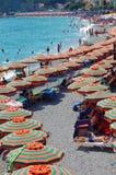 Sommartid på stranden Fotografering för Bildbyråer